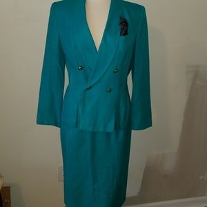 Turquoise Teal suit set with skirt size 10